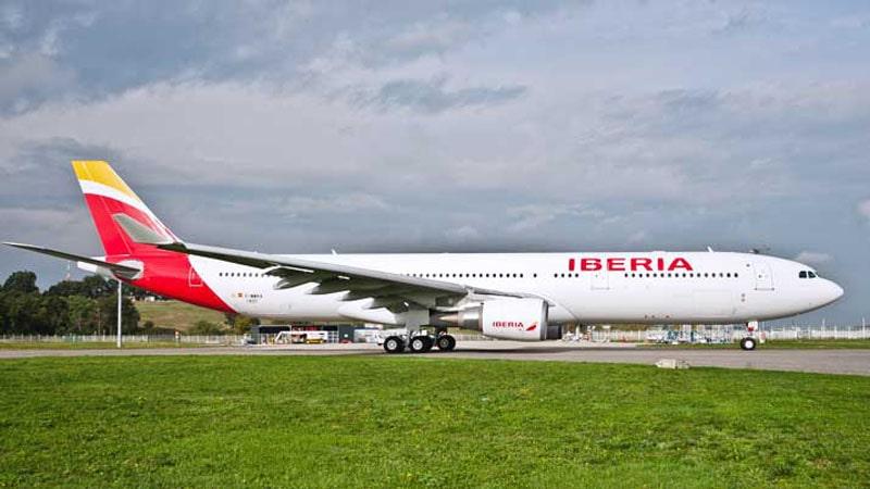 bautizo del nuevo avion de iberia, el airbus a330