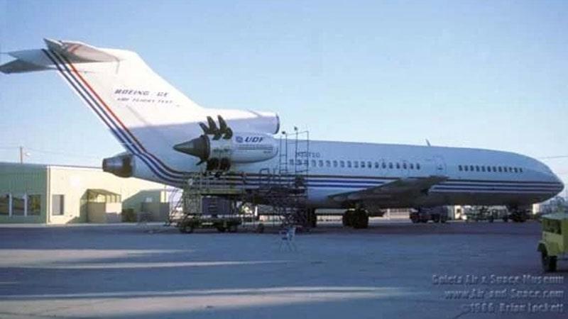 motor ge36 unducted propfan montado en un avion boeing 727